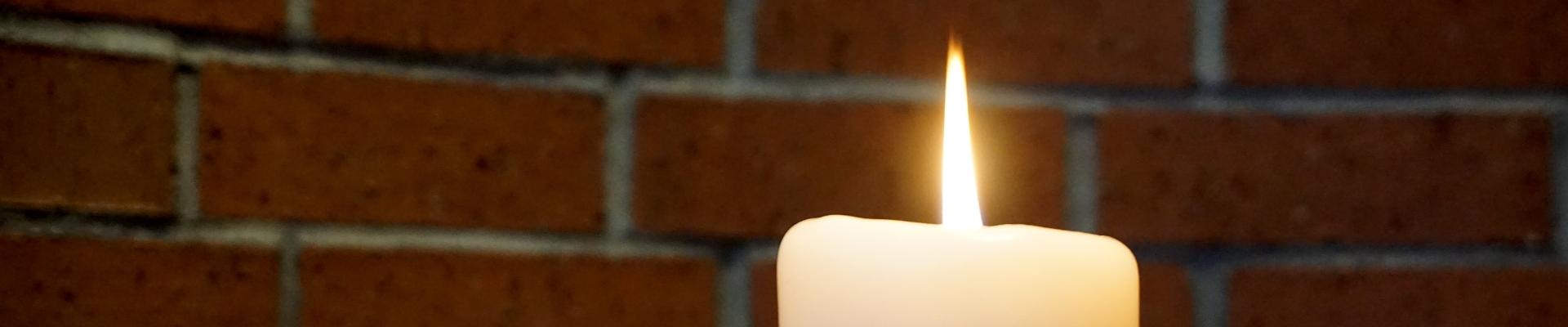 Gebetslicht einer Kerze
